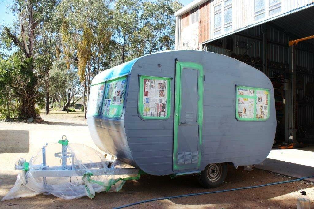 Vintage 1960s Plywood Caravan Restoration -