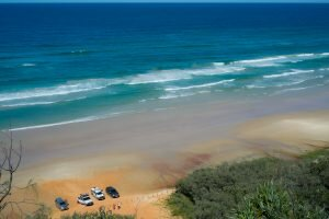teewah beach coloured sands